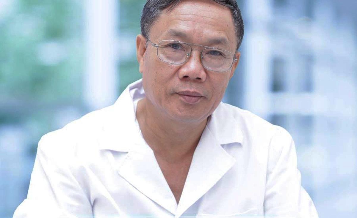 Bác sĩ CKII Trần Văn Hùng
